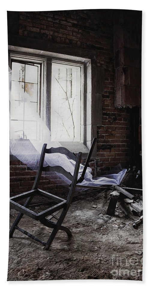 Chair Bath Sheet featuring the photograph Broken Past by Margie Hurwich