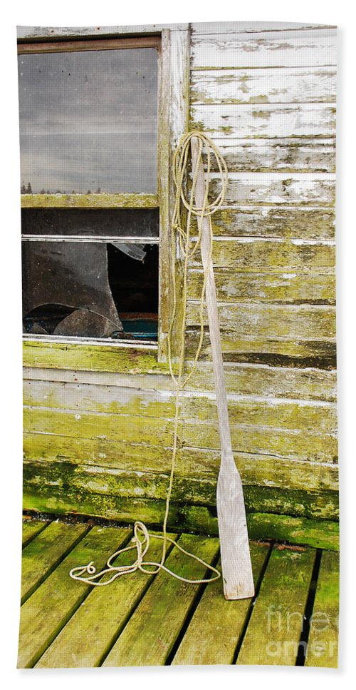 Oar Hand Towel featuring the photograph Broken Window by Mary Carol Story