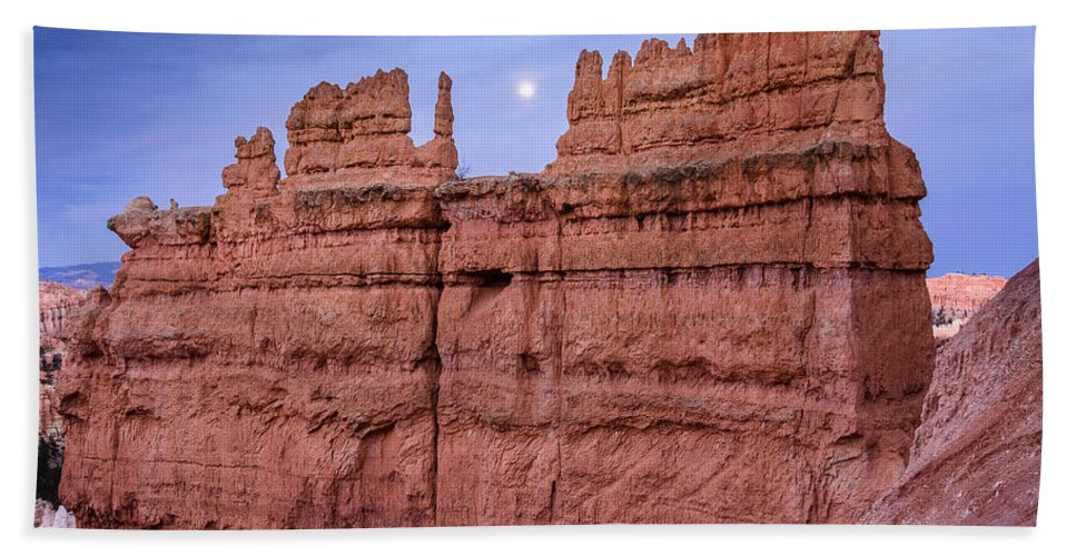 Bryce Canyon Bath Sheet featuring the photograph Bryce Moon Rising by Greg Nyquist
