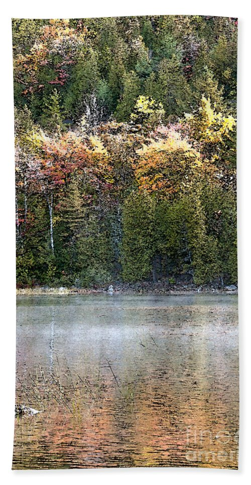 Bubble Pond Bath Towel featuring the photograph Bubble Pond Acadia National Park by Glenn Gordon