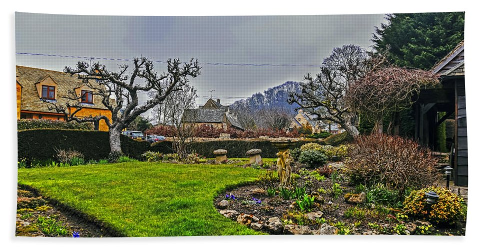Travel Hand Towel featuring the photograph Buckland Garden by Elvis Vaughn