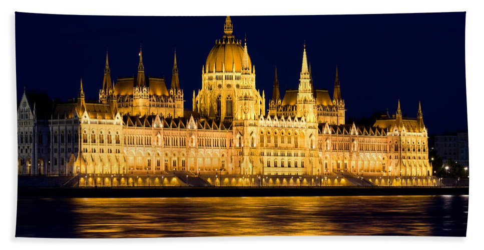 Budapest Hand Towel featuring the photograph Budapest Parliament At Night by Artur Bogacki