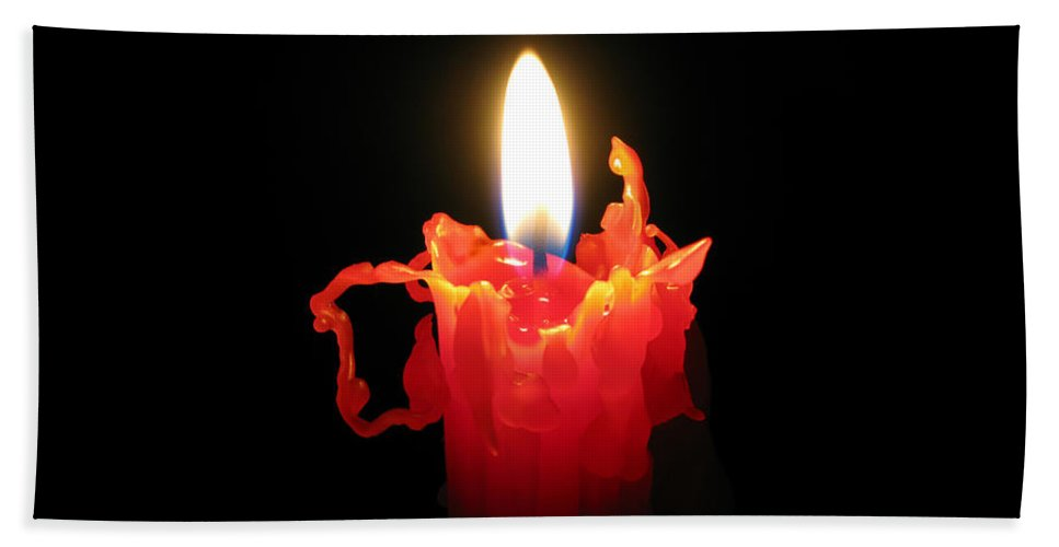 Candle Bath Towel featuring the photograph Burnout by Ann Horn