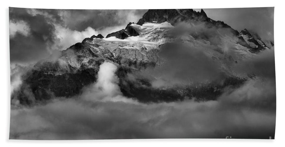 Tantalus Bath Sheet featuring the photograph Bursting Thrugh The Clouds by Adam Jewell