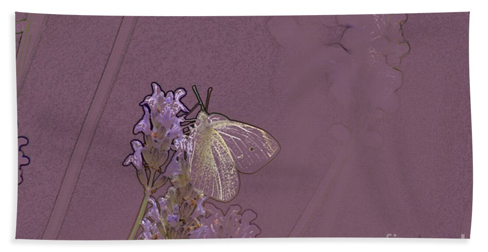 Butterfly Hand Towel featuring the digital art Butterfly 1 by Carol Lynch