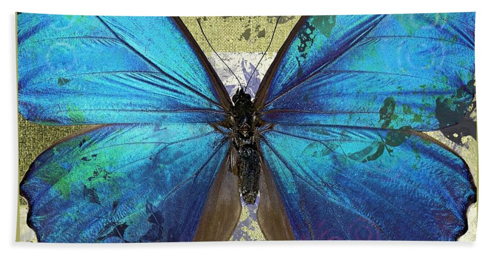Butterfly Hand Towel featuring the digital art Butterfly Art - S01bfr02 by Variance Collections