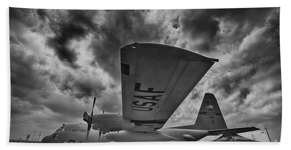 Black And White Hand Towel featuring the photograph C-130 Hercules by Douglas Barnard