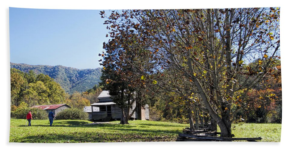 Cades Cove Hand Towel featuring the photograph Cades Cove Tennessee Fall Scene by Kathy Clark