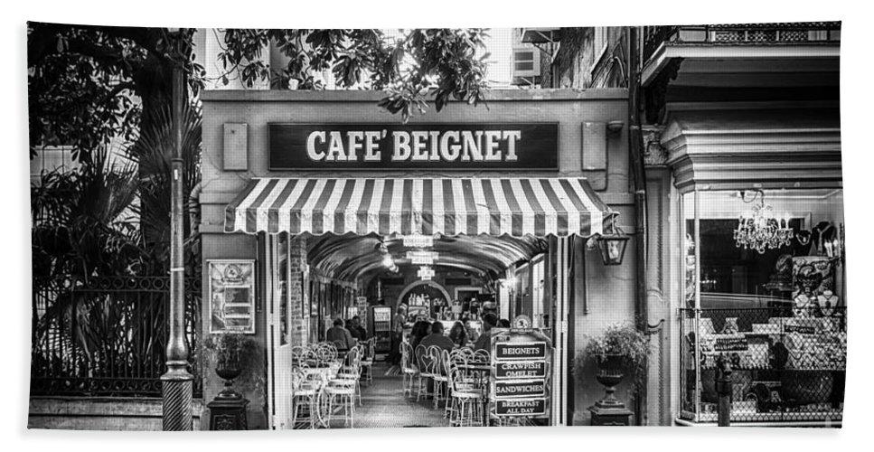 Nola Bath Towel featuring the photograph Cafe Beignet Morning Nola - Bw by Kathleen K Parker