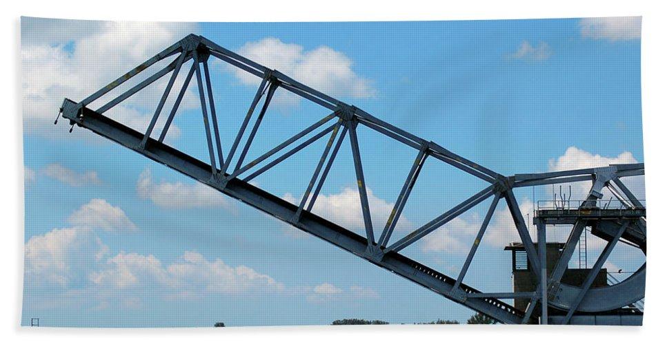 Drawbridge Hand Towel featuring the photograph Caloosahatchee Train Draw Bridge by Carolyn Marshall