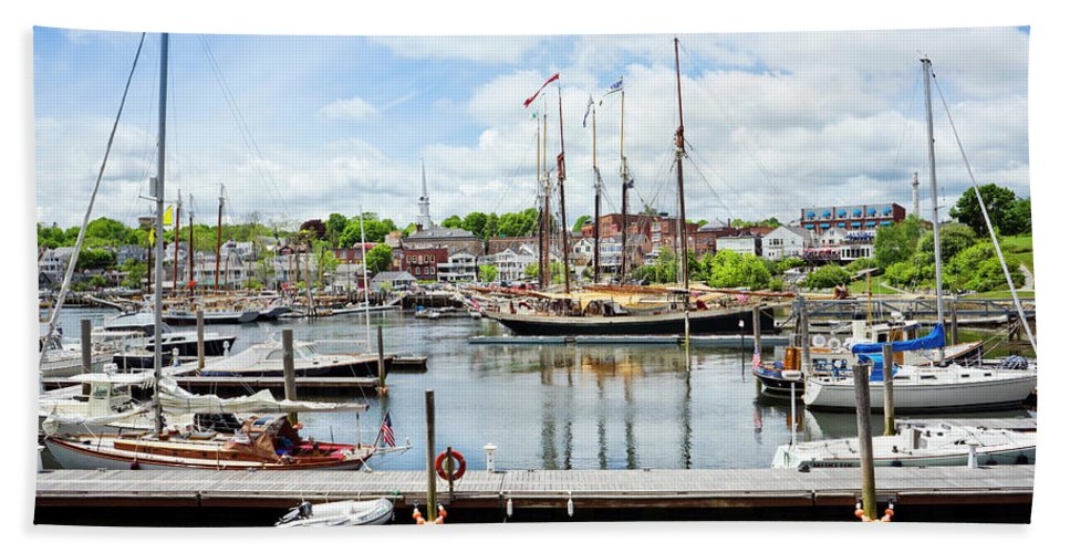 Non-urban Scene Hand Towel featuring the photograph Camden Marina by Leslie Parrott