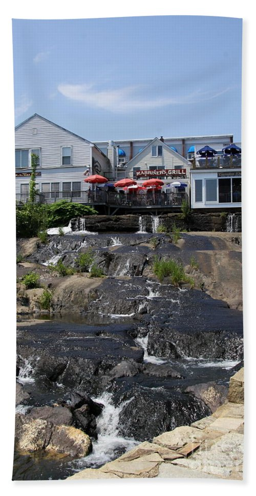 Camden Hand Towel featuring the photograph Camden Town Waterfall by Christiane Schulze Art And Photography