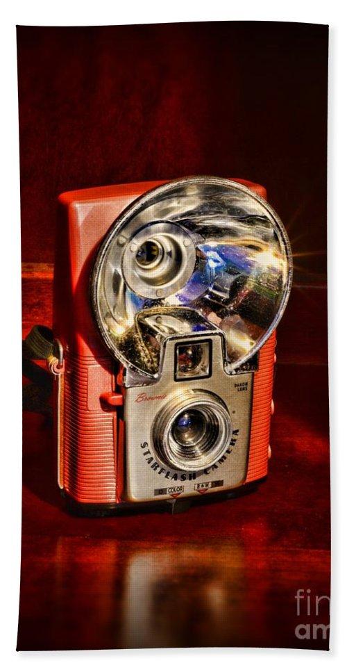 Paul Ward Bath Sheet featuring the photograph Camera - Vintage Brownie Starflash by Paul Ward
