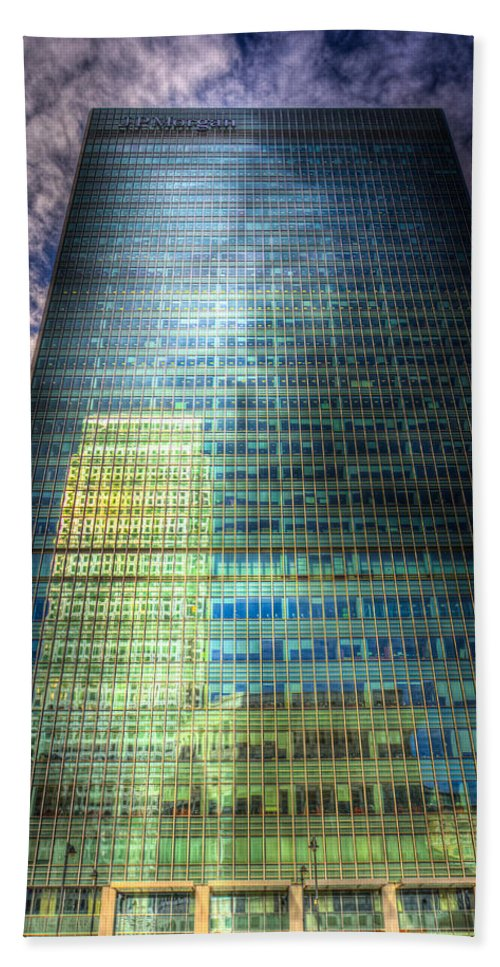 Canary Wharf Tower Hand Towel featuring the photograph Canary Wharf Reflections by David Pyatt