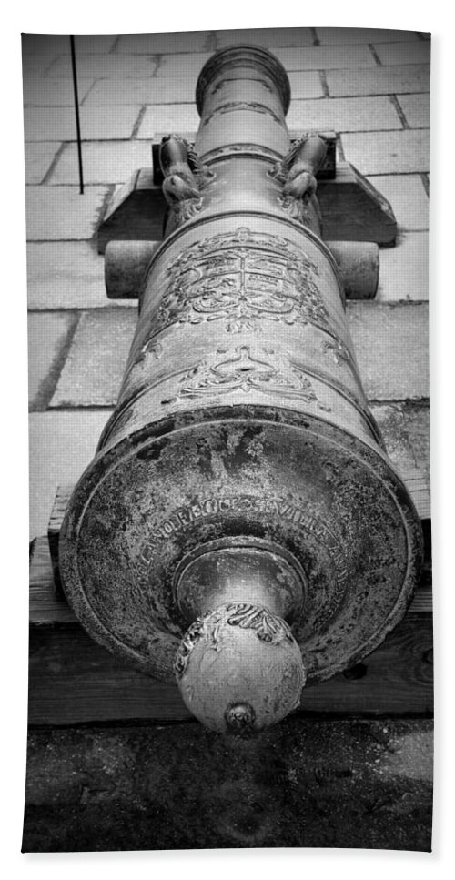Spanish Hand Towel featuring the photograph Cannon At Castillo by Beverly Stapleton