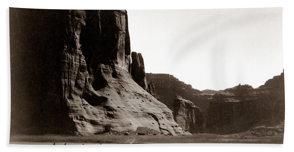 Navajos Canyon De Chelly Bath Towel featuring the digital art Canonde Chelly Az 1904 by Edward S Curtis