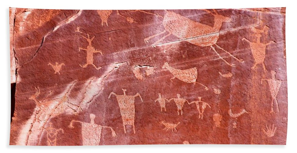 Arizona Hand Towel featuring the photograph Canyon De Chelly 3 by David Beebe
