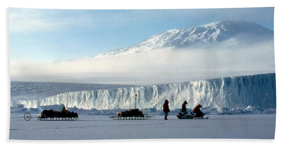 Cape Evans Bath Sheet featuring the photograph Capeevans-antarctica-g.punt-7 by Gordon Punt