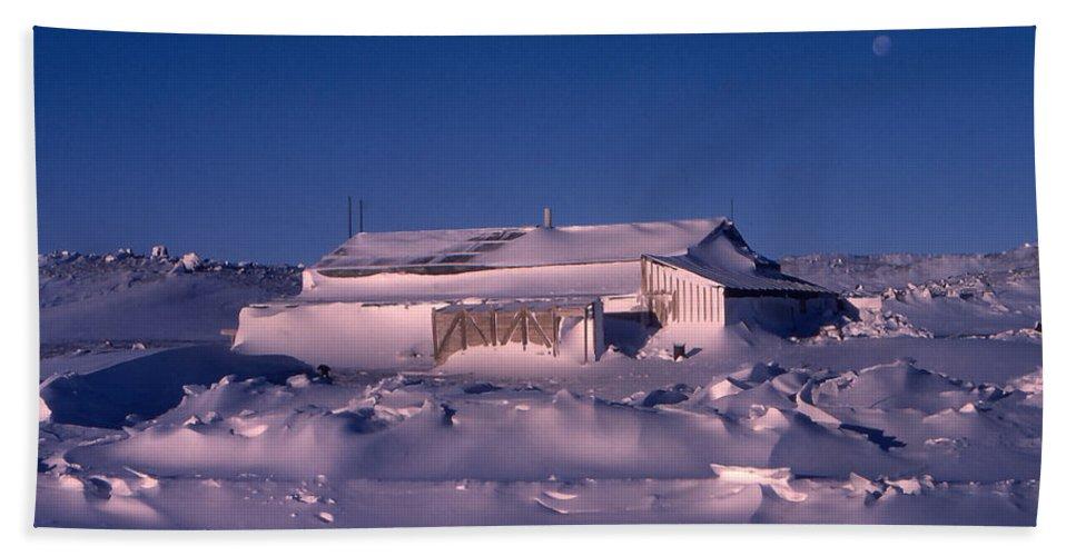 Cape Evans Bath Sheet featuring the photograph Capeevanshut-antarctica-g.punt-4 by Gordon Punt