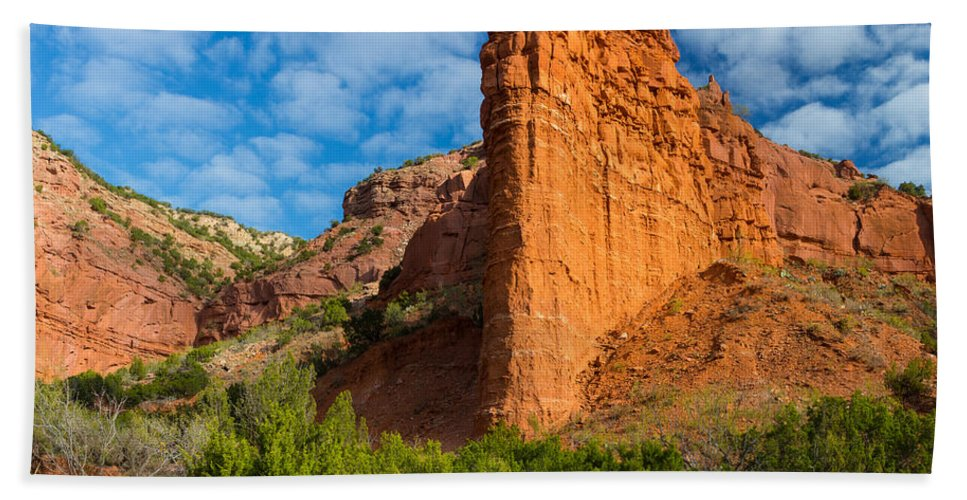 America Hand Towel featuring the photograph Caprock Canyon Rim by Inge Johnsson