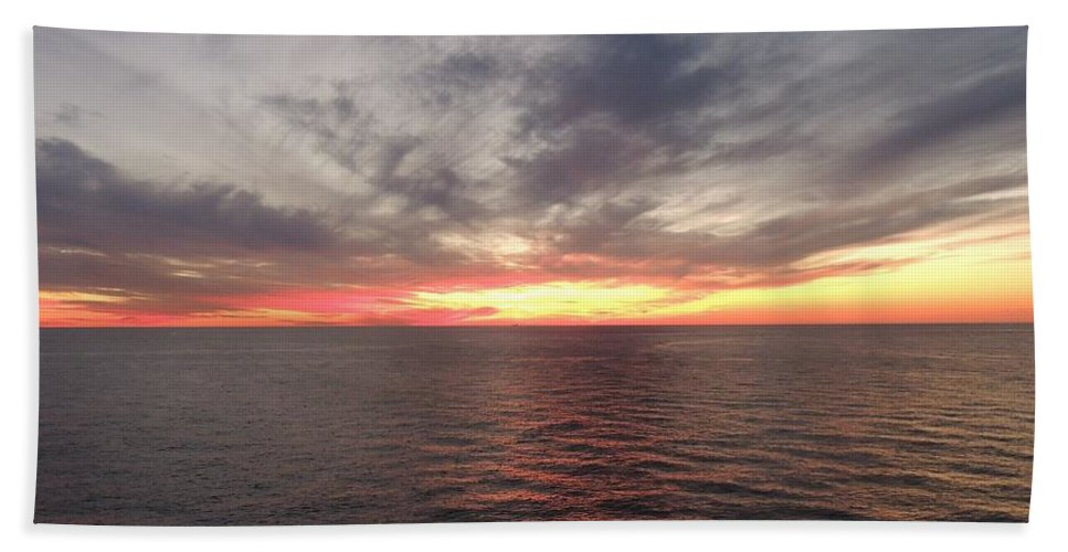 Seascape Hand Towel featuring the photograph Caribbean Sunset by Paul Smith
