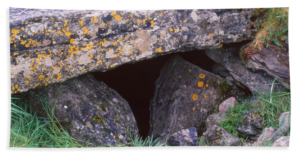 Dolmen Tomb Hand Towel featuring the photograph Carrowmore by Cynthia Wallentine