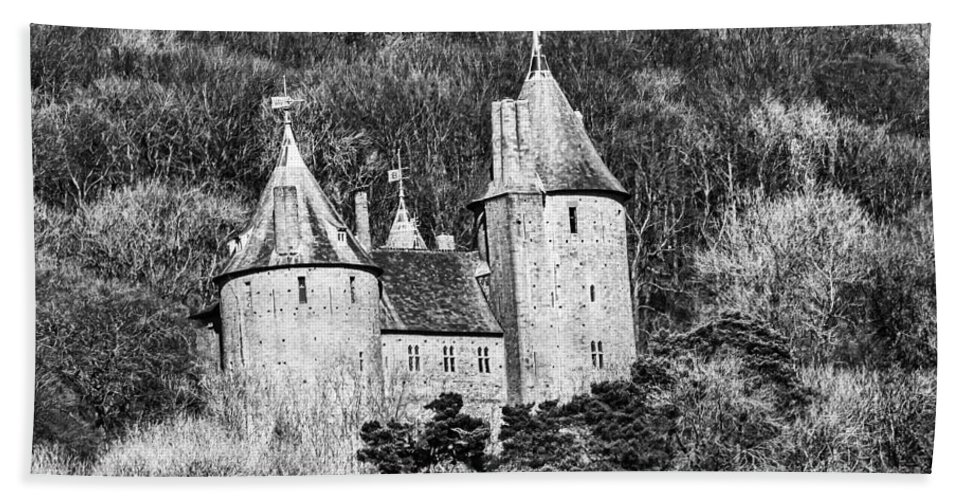 Castell Coch Hand Towel featuring the photograph Castell Coch Mono by Steve Purnell