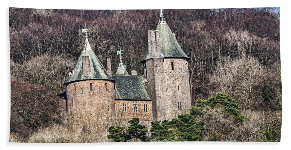 Castell Coch Hand Towel featuring the photograph Castell Coch by Steve Purnell
