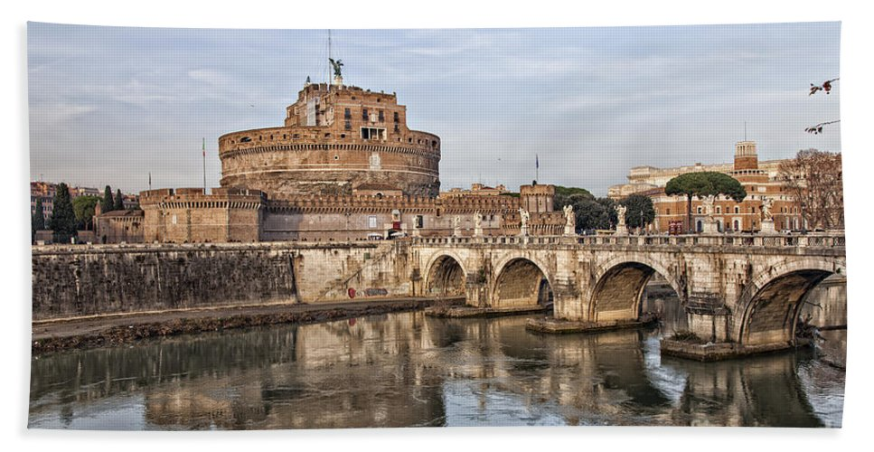 Rome Hand Towel featuring the photograph Castello San Angelo by Sophie McAulay