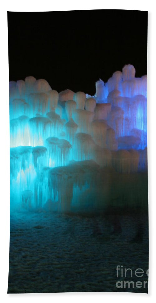 Ice Bath Sheet featuring the photograph Castle Ghosts by Susan Herber