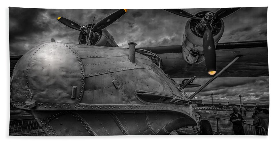Miss Pick Up Bath Sheet featuring the photograph Catalina Pby-5a Miss Pick Up Mono by Gareth Burge Photography