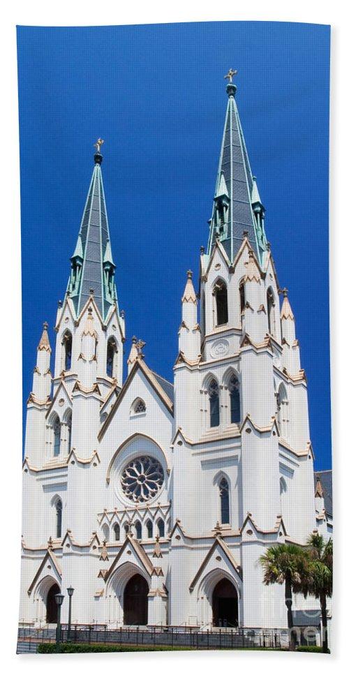 Architecture Bath Sheet featuring the photograph Cathedral, Savannah, Georgia by David Davis