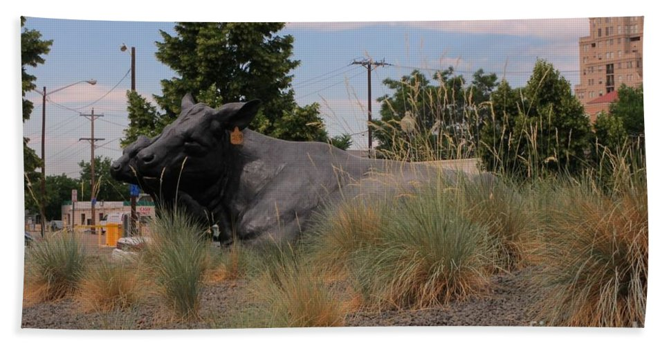 Cattle In Downtown Denver Hand Towel featuring the photograph Cattle In Downtown Denver by John Malone