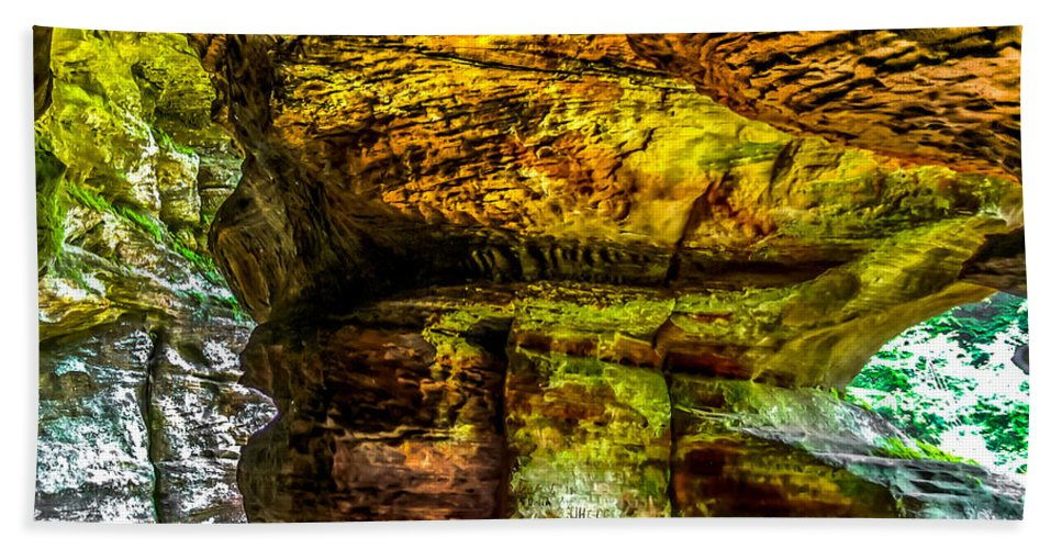 Opticalplaygroundbympray Hand Towel featuring the photograph Cave Land by Optical Playground By MP Ray