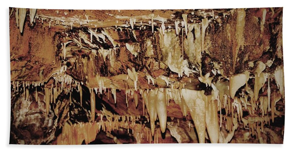 Caverns Bath Towel featuring the photograph Cavern Beauty by Dan Sproul