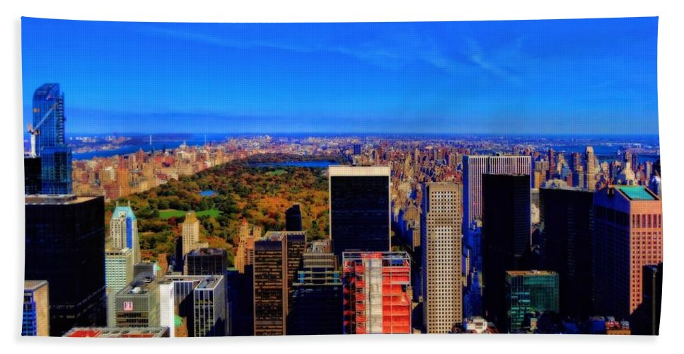 Central Park And New York City In Autumn Hand Towel featuring the photograph Central Park And New York City In Autumn by Dan Sproul