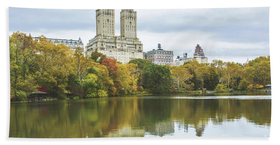 Central Park Autumn Bath Sheet featuring the photograph Central Park Lake Autumn Vista by Regina Geoghan