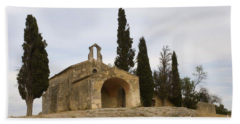 Chapelle Saint-sixte Bath Sheet featuring the photograph Chapelle Saint Sixte by John Shaw