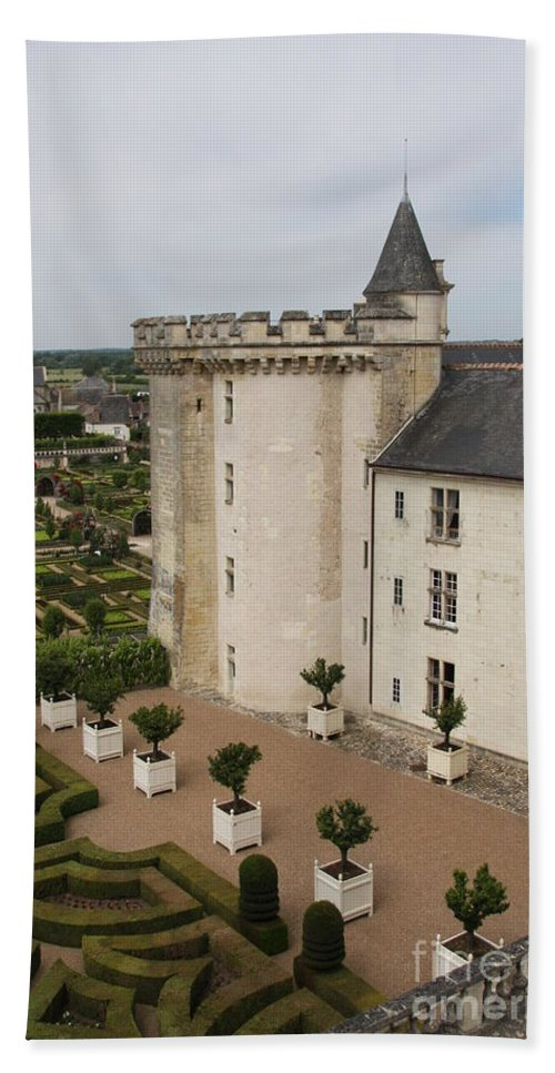 Palace Bath Sheet featuring the photograph Chateau And Garden - Villandry by Christiane Schulze Art And Photography