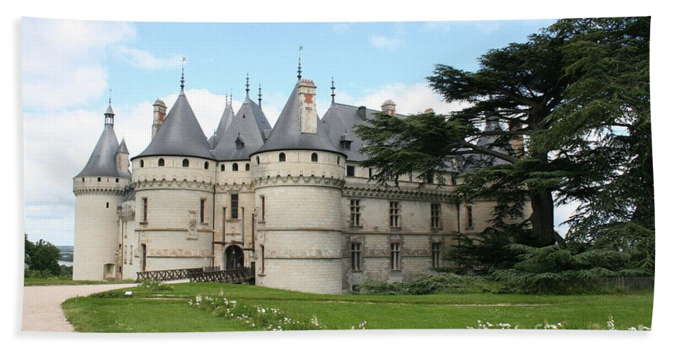 Palace Bath Sheet featuring the photograph Chateau Chaumont From The Garden by Christiane Schulze Art And Photography
