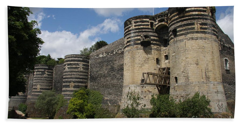 Castle Hand Towel featuring the photograph Chateau D'angers - The Keep by Christiane Schulze Art And Photography
