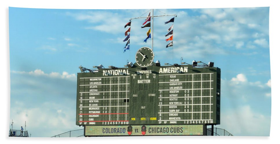 Chicago Cubs Bath Sheet featuring the photograph Chicago Cubs Scoreboard 02 by Thomas Woolworth