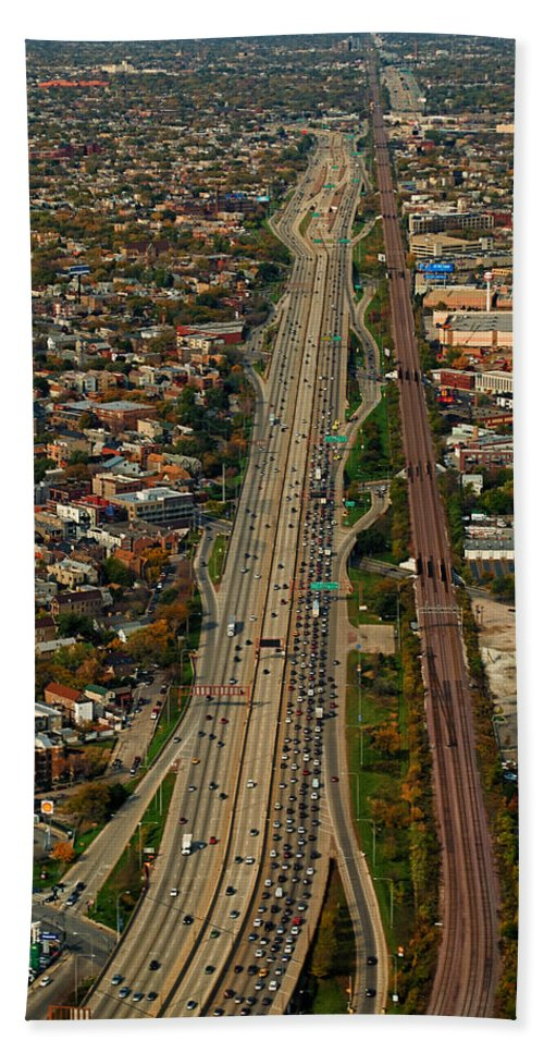 Cities Bath Sheet featuring the photograph Chicago Highways 01 by Thomas Woolworth