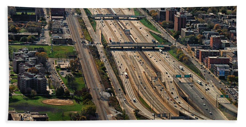 Expressways Bath Sheet featuring the photograph Chicago Highways 02 by Thomas Woolworth