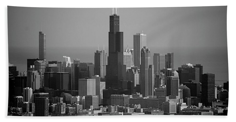 Black And White Bath Sheet featuring the photograph Chicago Looking East 02 Black And White by Thomas Woolworth