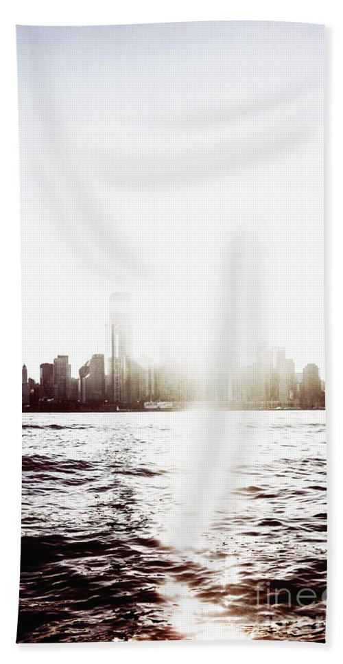 America Hand Towel featuring the photograph Chicago Skyline II by Margie Hurwich