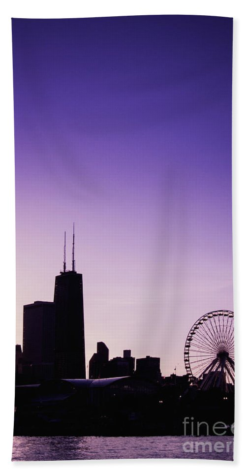 America Hand Towel featuring the photograph Chicago Skyline Iv by Margie Hurwich