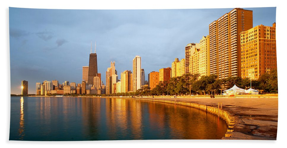 Chicago Bath Sheet featuring the photograph Chicago Skyline by Sebastian Musial