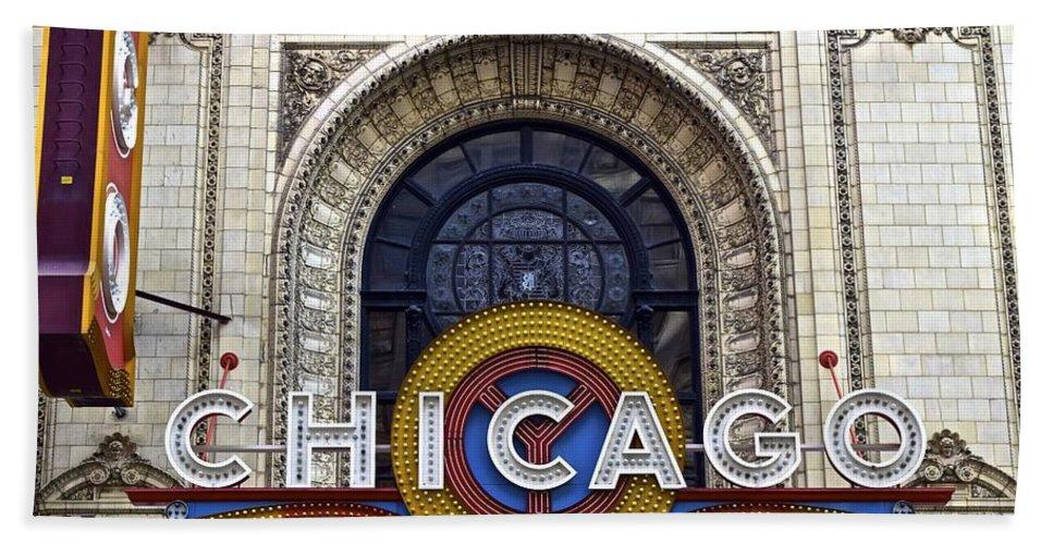 Chicago Bath Sheet featuring the photograph Chicago Theater Marquee by Frozen in Time Fine Art Photography