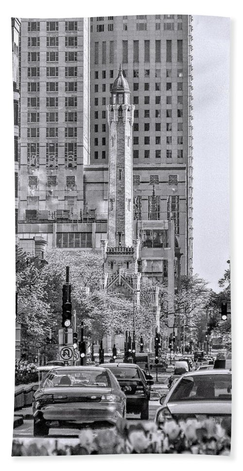 Water Tower Hand Towel featuring the photograph Chicago Water Tower Beacon Black And White by Christopher Arndt